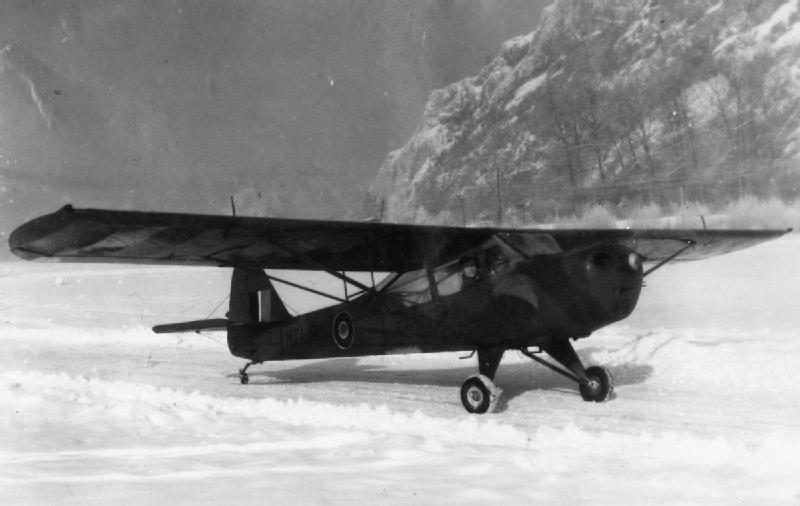 Image of Auster IV/9